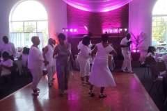 guests-dancing-1