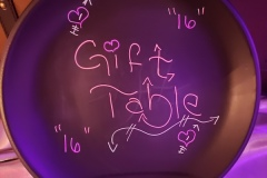 Gift-table-signage