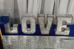 Metal-Love-Decor