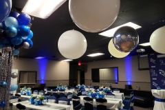 Room-and-Balloon-Ceiling-Decor